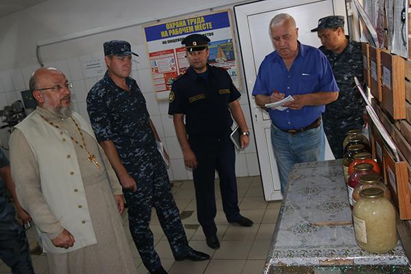 Исправительную колонию №2 посетили члены региональной Общественной наблюдательной комиссии
